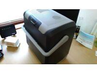 Halfords 24 Litre 12 Volt Cool box