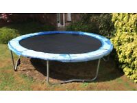 10 foot Trampoline with Safety Net and ladder