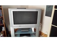 Phillips 32 inch flat screen Great picture and sound Qaulity