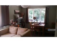 2 bedroom flat in Newfield Road, Liss, GU33 (2 bed)