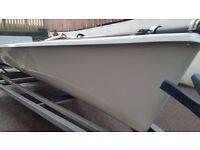 RS 700 dinghy skiff
