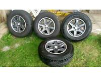 4WD wheels and tyres