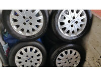 Ford 15'' alloy wheels + 4 x tyres 195 60 R 15''