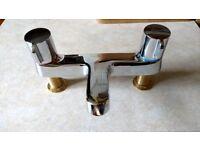 Bath Taps - Monobloc 1/4 turn mixer in chrome.