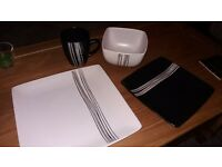 Black and white abstract stripe crockery