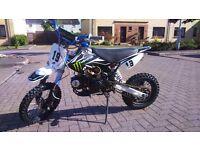 Monster pit bike 125, outlaw