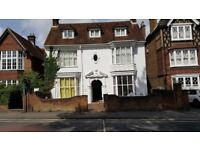 Guildford Centre SMALL one bed flat