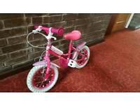 """Girl bike 12"""" wheels"""
