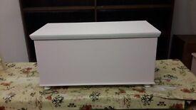 Toy Box / Blanket Box / Memory Box