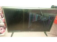 Tv cracked screen selling cheap