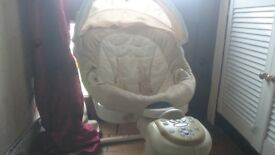 Graco Sweetpeace Musical Swinging chair for babies. Baby Nursery Furniture
