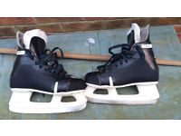 Ice Hockey Skates - Size 10 (width D) - Great starter skates - save hiring fee only £5.00