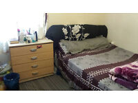 A nice and clean Large Double room 2-Let from 5th September