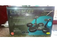 E-drum set. Only used 1 or twice. Excellent condition.