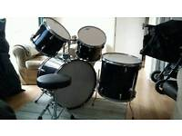 Drum kit, no snare or cymbals