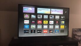 Panasonic VIERA Smart Tv 42inch