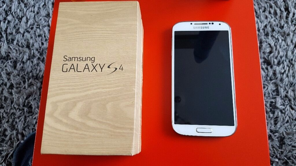Samsung S4 Whitein Wigston, LeicestershireGumtree - Samsung S4 White 8gb with 16gb sd card. Unlocked. Really good condition. Comes with original box, charger and accessories