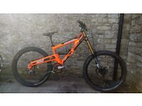 2013 Orange 322 Downhill Dh mountain bike small fox 40