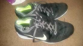 Nike free 5.0 uk 5.5 vgc worn 3 times max