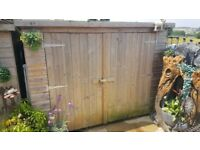 GARDEN SHED 7` X 5` X 4` IN GREAT CONDITION. ROOF NEEDS RE FELT. BUYER TO REMOVE