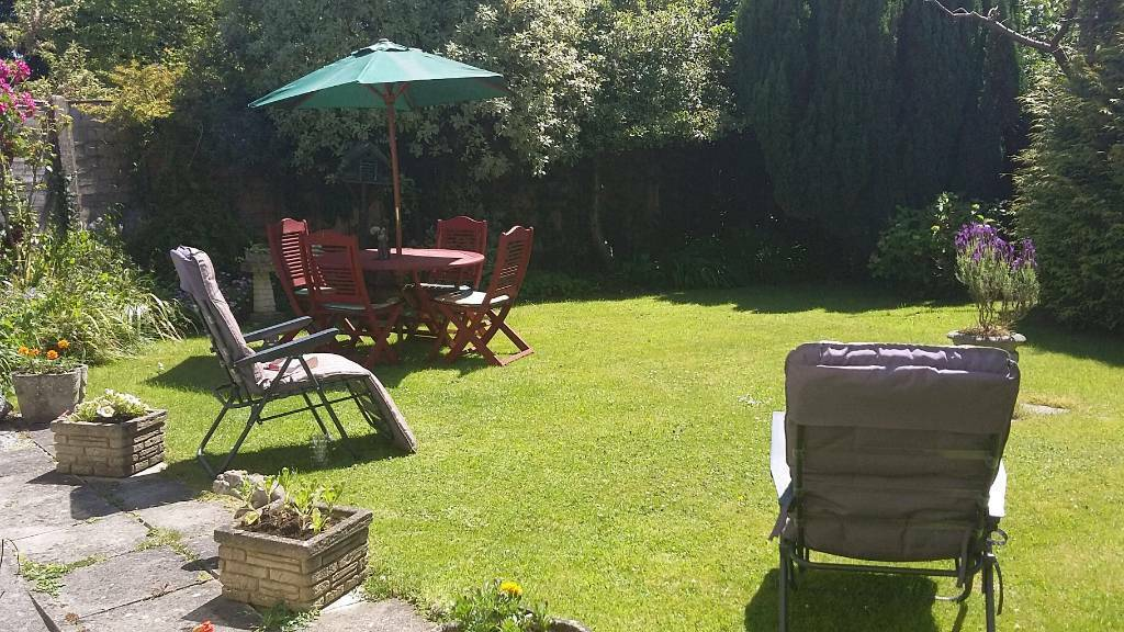 Large single room to rent in Keynsham