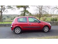 04 Renault Clio 1.2 Expres**Only 48000 miles***MOT 16/05/2018**
