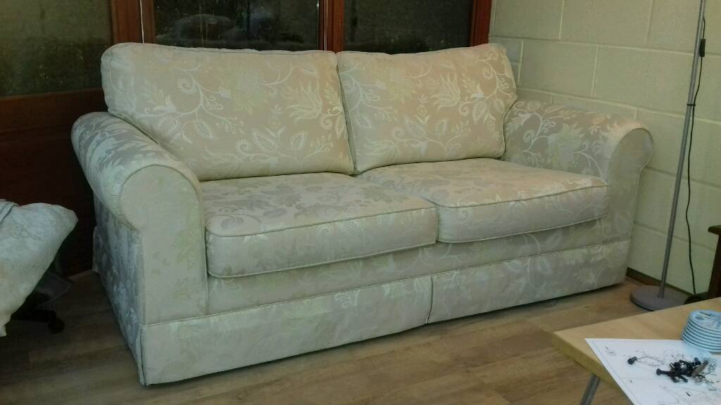 3 Seater Sofa Cream Pattern Fabric In Doncaster South Yorkshire Gumtree