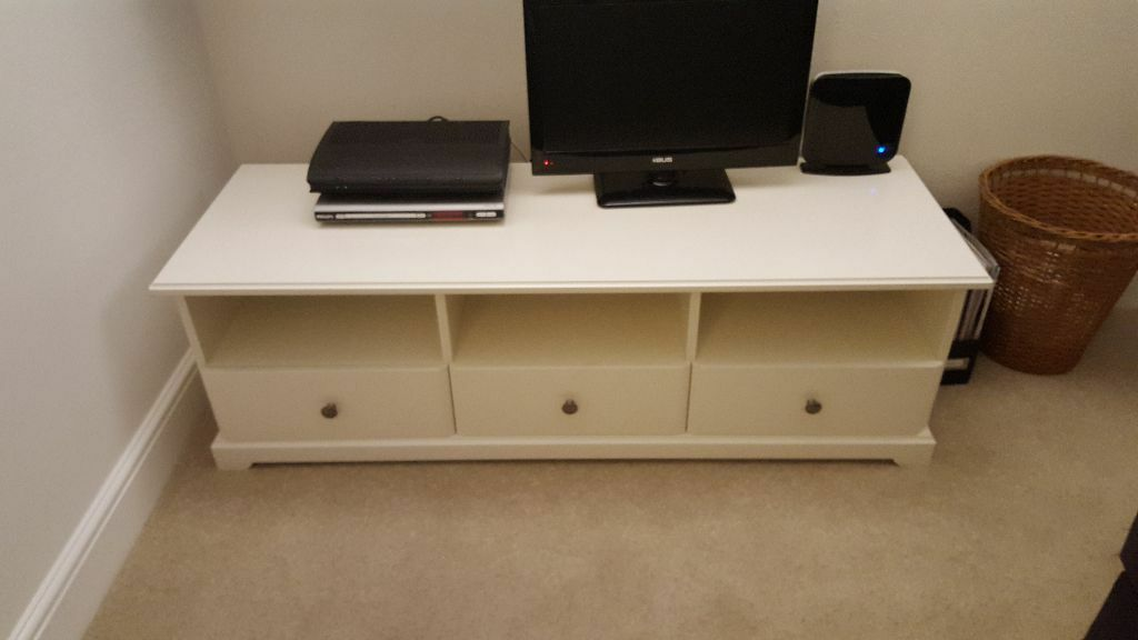 tv stand ikea liatorp in streatham hill london gumtree. Black Bedroom Furniture Sets. Home Design Ideas