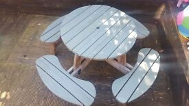 Picnic/pub table seats up to 8