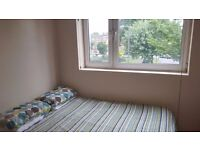 Starting off in London? Why not start here? Single bed available between Putney and Wandsworth