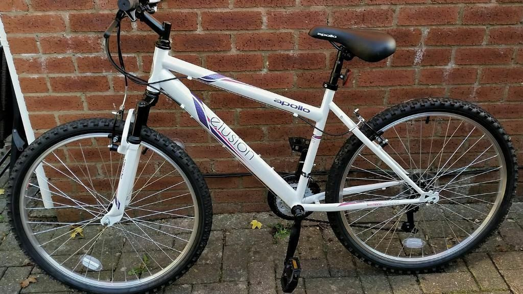 For Sale Apollo Elusion Womens Mountain Bike White In