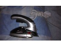 Home-tek Light 'n' Easy HT609 Travel Iron/Garment Steamer