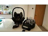Maxi cosi car seat & car base