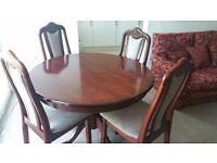 Dining Table with set of 4 chairs for sale