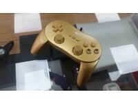 Nintendo Wii Limited Edition Gold Controller