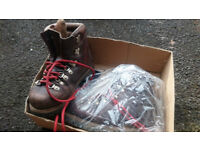 Hiking / Climbing Boots