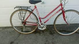 Lady town bike
