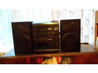 HI-FI Stereo System / CD / 2 TWIN TAPE / TURNTABLE / RADIO COMES WITH SPEAKERS / FOR SALE OR SWAPS