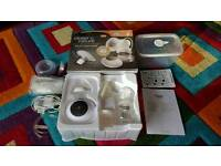 Tommee tippee electric breast pump with EXTRAS