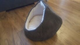Cat/Kitten Bed and Scratch Post