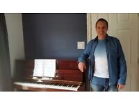 Professional Piano Lessons, 50+% off offer - 4 X 30 minute lessons at £20