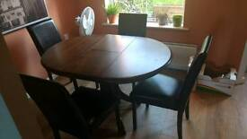 Solid Extendable Dining table with 5 Chairs