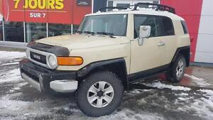 2010 Toyota FJ Cruiser CAMERA DE RECULE / GPS / HITCH FILLAGE IN