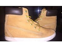 Timberland High Tops Size 6