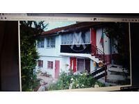 2 bedroom house in bulgaria balchik 5 mins walk from restraunts ten mins walk to beach