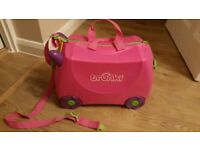Trunki trixie pink ride on suitcase