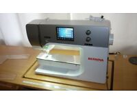 BERNINA 770QE, IMMACULATE CONDITION, LITTLE USE, 7 YEAR WARRANTY