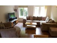 2 double rooms to rent in beautiful home