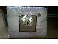 Silk bedspread, lilac purple. 220x180 cms. brand new. Brand New