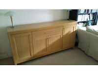 For sale - Wooden veneer sideboard - good condition - free lamps